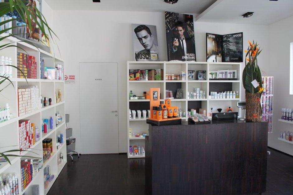 Progettazione e design negozio per capelli